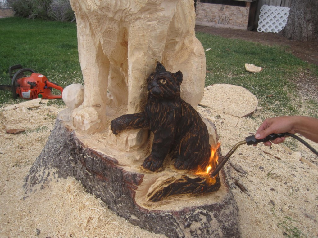 Chainsaw wood carvings life transplanet