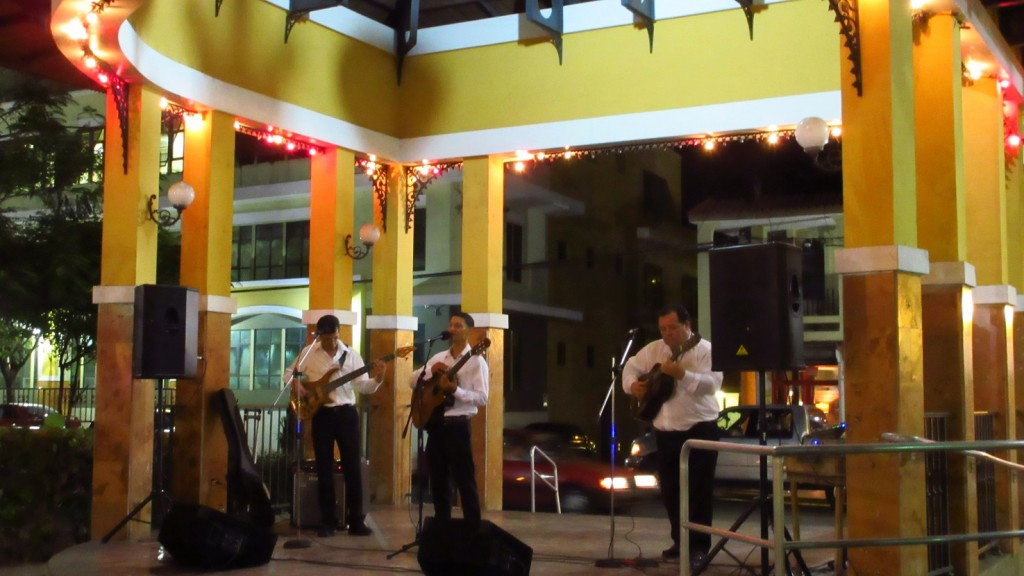 Music in the plaza small