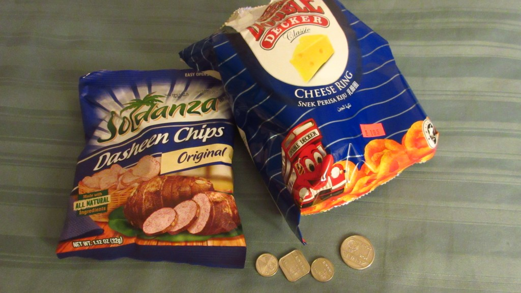 Aruban money and chips