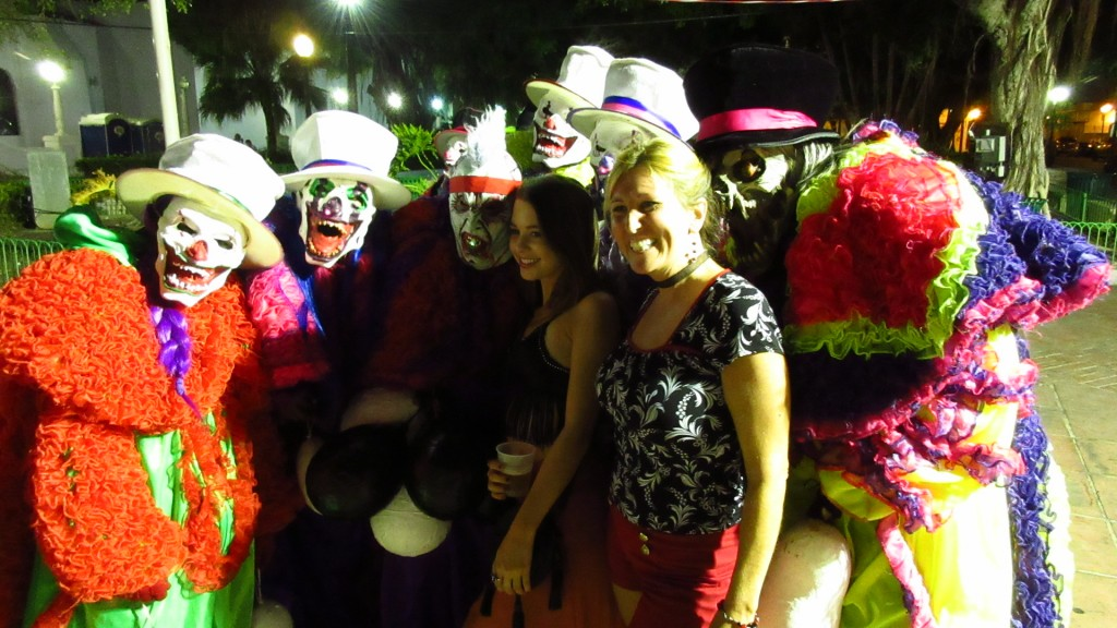 More scary clowns